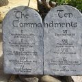 featured image Replacing 10 Commandments with Xi's Quotes in Chinese Churches